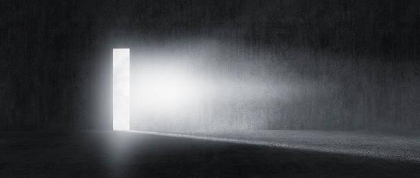 Mysterious door with glowing light:スマホ壁紙(壁紙.com)