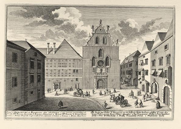 City Life「Franziskanerkirche and Franziskanerplatz...」:写真・画像(13)[壁紙.com]