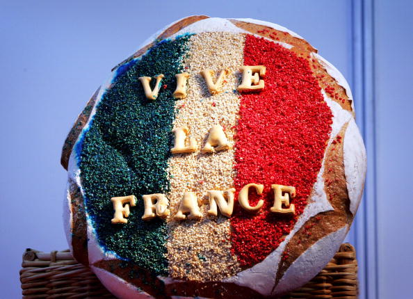 Loaf of Bread「Vive La France- Show」:写真・画像(0)[壁紙.com]