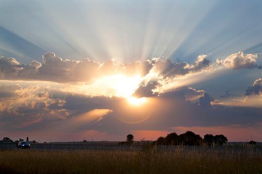 Sunlight「Sun shining through cumulus clouds」:スマホ壁紙(9)