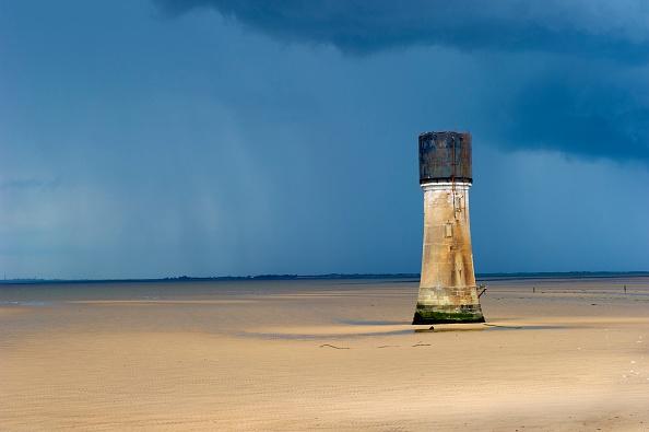 View Into Land「Low Lighthouse」:写真・画像(16)[壁紙.com]