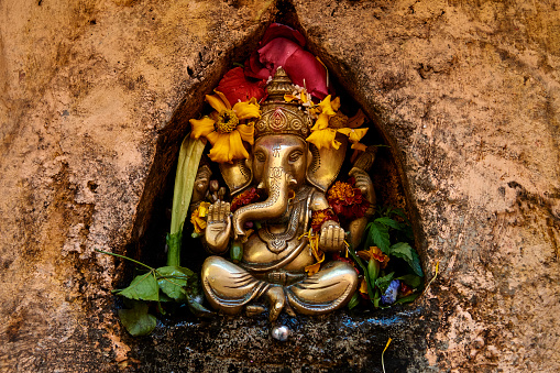 Praying「Hinduist Temple in Sultanganj, Bihar, India」:スマホ壁紙(7)