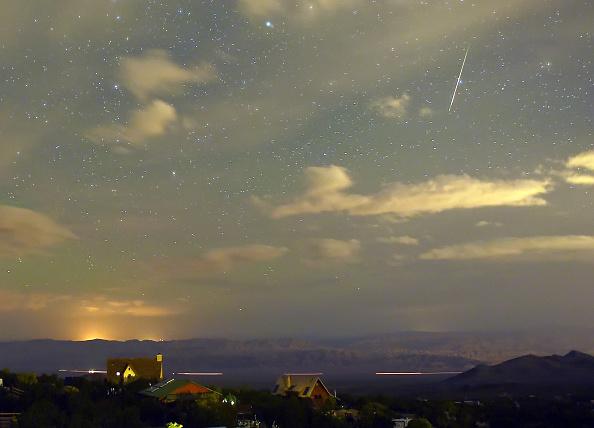 Meteor Shower「The Annual Perseid Meteor Shower」:写真・画像(8)[壁紙.com]