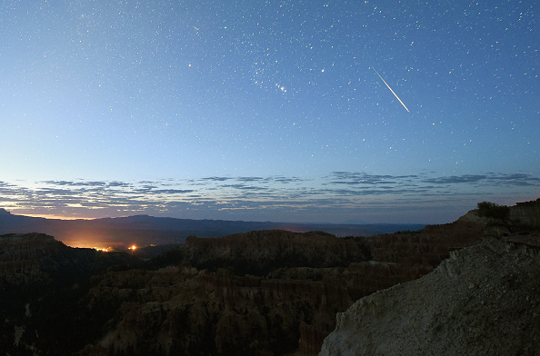 Meteor Shower「The Annual Perseid Meteor Shower From Bryce Canyon National Park」:写真・画像(4)[壁紙.com]