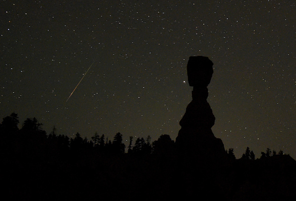 Utah「The Annual Perseid Meteor Shower From Bryce Canyon National Park」:写真・画像(12)[壁紙.com]