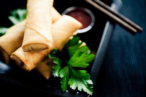 Spring Roll「Photo of three spring rolls with sauce」:スマホ壁紙(3)