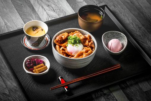 Salad「Beef rice bowl, Japanese food traditional Gyudon beef」:スマホ壁紙(6)