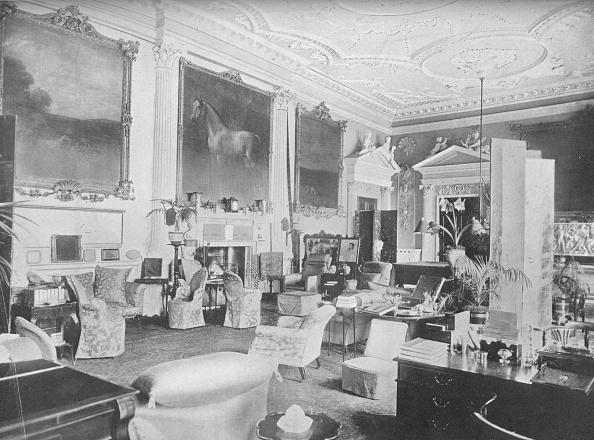 Ceiling「'Badminton, Gloucester - The Duke Of Beaufort', 1910」:写真・画像(7)[壁紙.com]