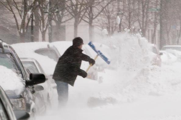 Snow「Winter Storm Hits East Coast」:写真・画像(3)[壁紙.com]