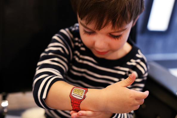 Hipster - Person「Temporary Tattoo Parlor Caters To Kids」:写真・画像(16)[壁紙.com]