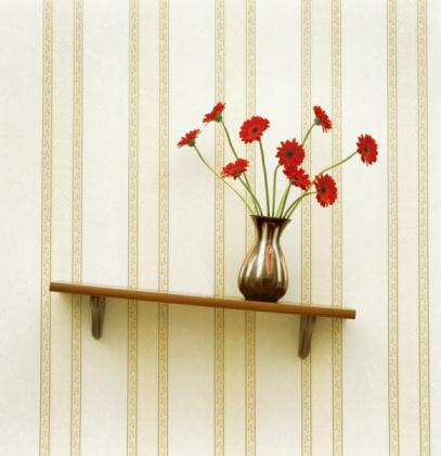 Tilt「Vase of gerberas on crooked shelf (digital enhancement)」:スマホ壁紙(7)