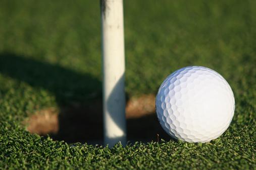 Putting - Golf「Almost home」:スマホ壁紙(3)