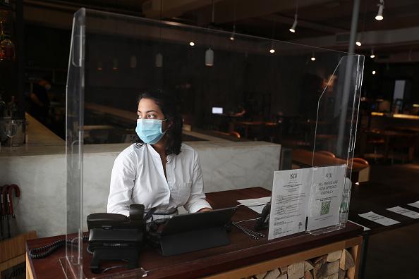 Restaurant「Florida Businesses Close Again, As Coronavirus Cases Spike In The State」:写真・画像(8)[壁紙.com]