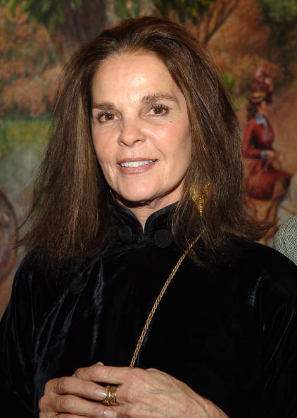"Ali Macgraw「Opening Night Of Almeida Theatre Production's ""Festen"" - After Party」:写真・画像(16)[壁紙.com]"