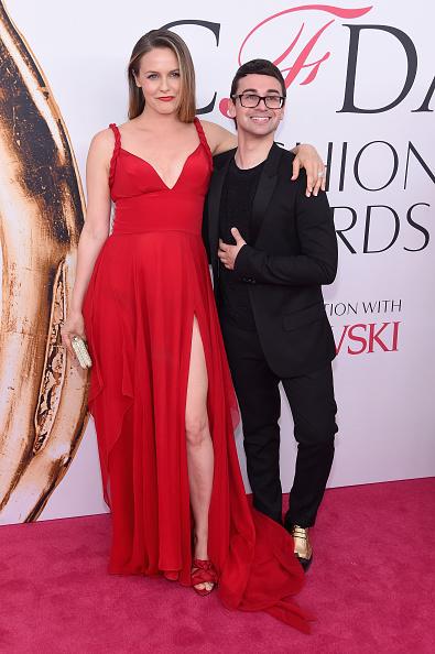 Alicia Silverstone「2016 CFDA Fashion Awards - Arrivals」:写真・画像(15)[壁紙.com]