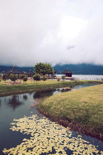 インド洋「プラ ウルン ダヌ Beratan インドネシア ・ バリ島で水上寺」:スマホ壁紙(18)