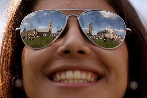 Tourist「Londoners Revel In Spring Sunshine」:写真・画像(10)[壁紙.com]