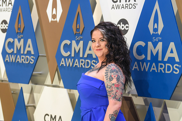Music City Center「The 54th Annual CMA Awards - Arrivals」:写真・画像(9)[壁紙.com]