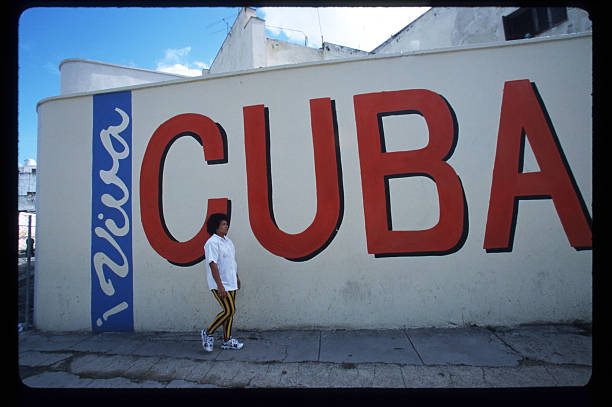 Cubans Cope With Daily LIfe:ニュース(壁紙.com)