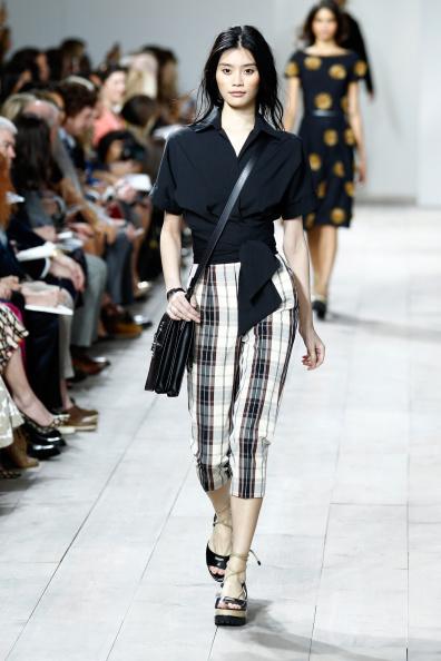 Checked Pants「Michael Kors Spring 2015 Fashion Show - Runway」:写真・画像(1)[壁紙.com]