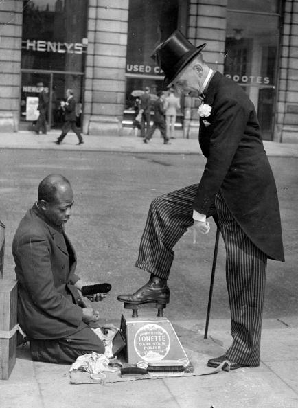 Contrasts「Piccadilly Shoeshine」:写真・画像(17)[壁紙.com]
