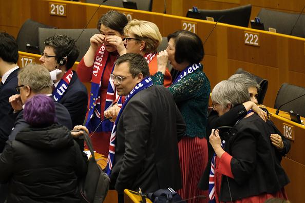 Teardrop「EU Parliament Approves Brexit Deal In Historic Session」:写真・画像(2)[壁紙.com]