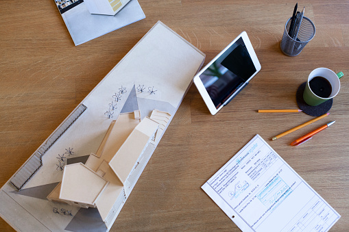 サイバー「Desk in architecture office」:スマホ壁紙(17)