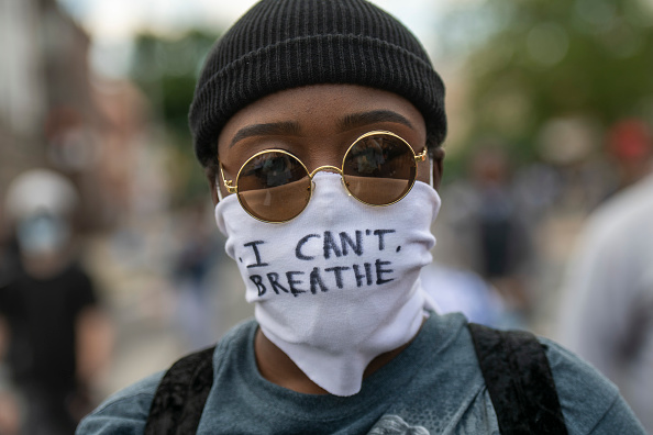 Protestor「U.S. Cities Clean Up Damage As Riots Continue Across The Country」:写真・画像(10)[壁紙.com]