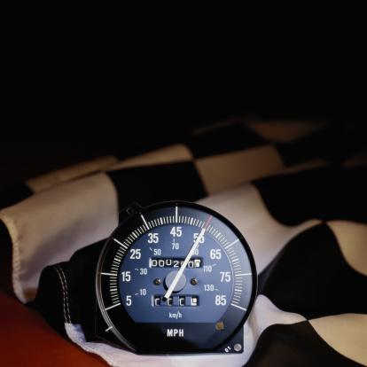 Sports Flag「Checkered Flag with Speedometer」:スマホ壁紙(18)