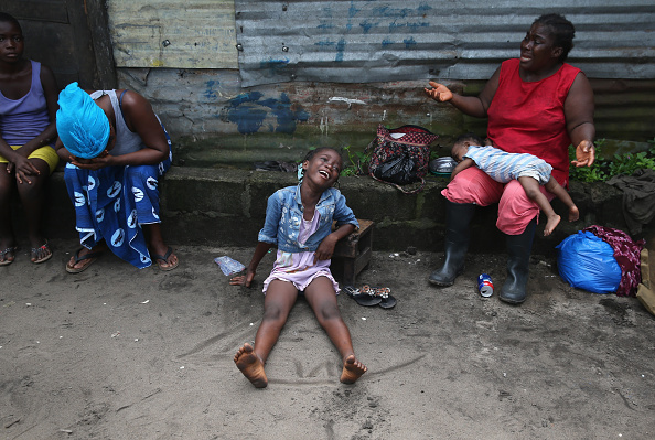 Cremation「Liberia Races To Expand Ebola Treatment Facilities, As U.S. Troops Arrive」:写真・画像(19)[壁紙.com]