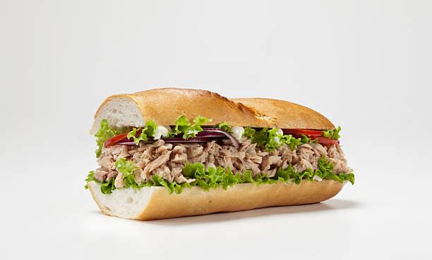 huge sandwich isolated on white background:スマホ壁紙(壁紙.com)