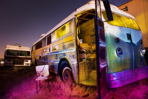 Gel Effect Lighting「Light painted school bus」:スマホ壁紙(11)