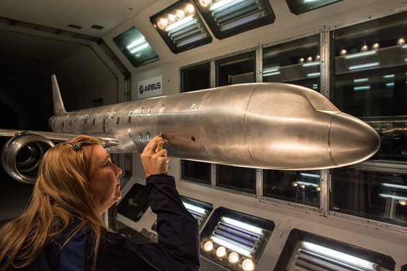 Finance and Economy「Behind The Scenes At The Bristol Airbus Factory」:写真・画像(4)[壁紙.com]