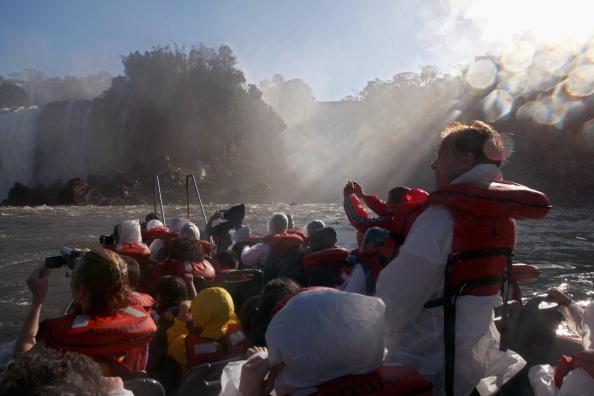 イグアス川「Iguacu Falls A Finalist In New Seven Wonders Of Nature Contest」:写真・画像(5)[壁紙.com]