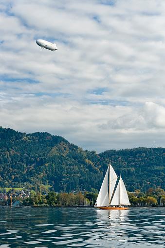 Airship「Austria, Bregenz, sailing boat on Lake Constance」:スマホ壁紙(0)