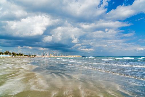 Wave「Larnaka, beach seafront, Cyprus」:スマホ壁紙(10)