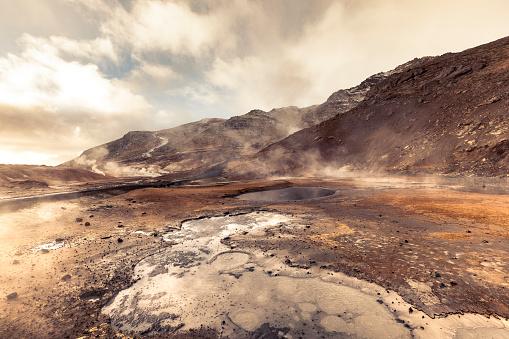 Volcanic Landscape「krýsuvík hot springs, iceland」:スマホ壁紙(6)