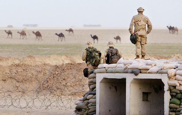 Sand Trap「U.S. Marines In Camp Fox In Kuwait」:写真・画像(17)[壁紙.com]