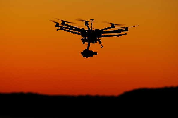 Dow Jones Industrial Average「Drone Photography Raises Questions About Privacy And Safety」:写真・画像(12)[壁紙.com]