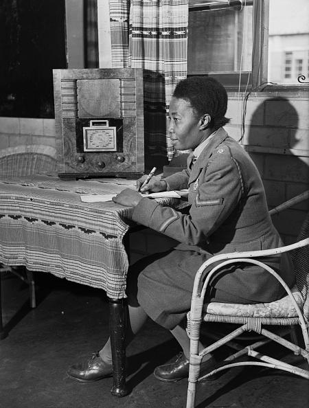 Fred Morley「Writing Home」:写真・画像(18)[壁紙.com]