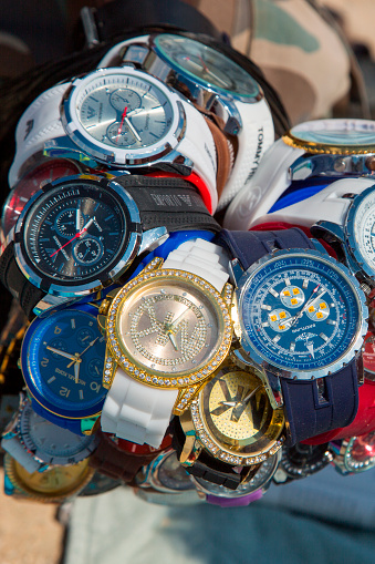 Watch - Timepiece「Fake watches for sale on Playa s'Arenal beach」:スマホ壁紙(1)