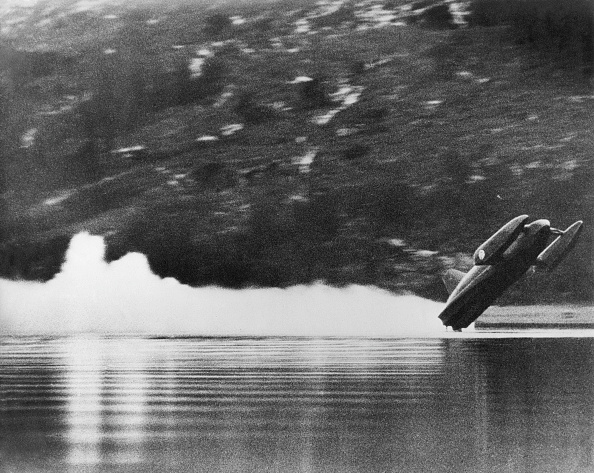 Effort「Campbell's Bluebird Crashes」:写真・画像(2)[壁紙.com]