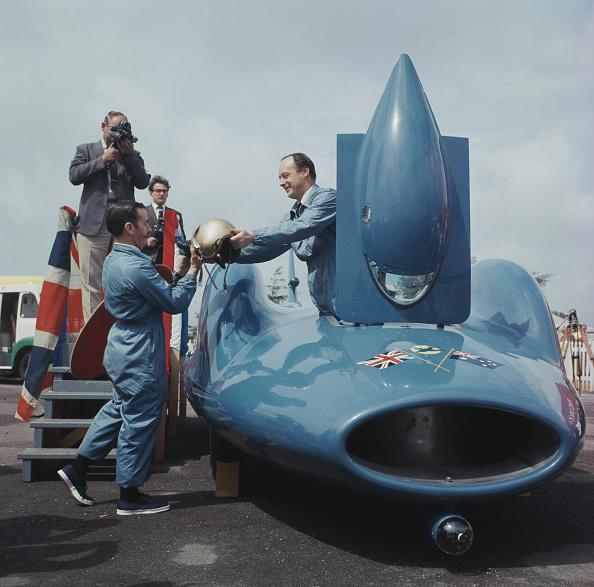 スポーツ用品「Campbell's Bluebird」:写真・画像(14)[壁紙.com]
