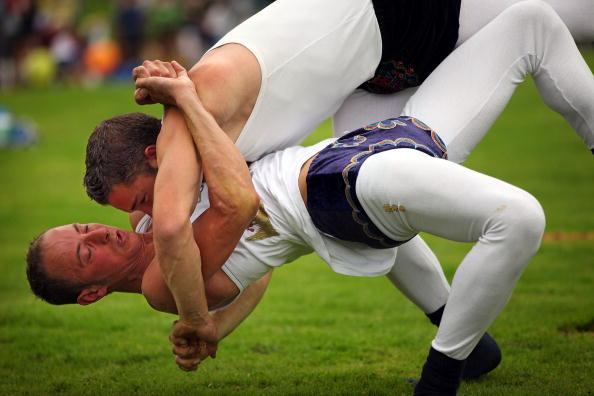 趣味・暮らし「Enthusiasts Participate In Traditional Westmorland Wrestling」:写真・画像(11)[壁紙.com]