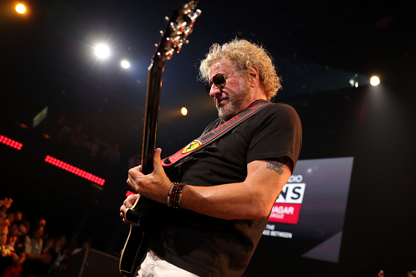 Stage - Performance Space「iHeartRadio ICONS With Sammy Hagar And The Circle: Inside The Making of Space Between At The iHeartRadio Theater LA」:写真・画像(2)[壁紙.com]