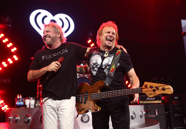 Stage - Performance Space「iHeartRadio ICONS With Sammy Hagar And The Circle: Inside The Making of Space Between At The iHeartRadio Theater LA」:写真・画像(3)[壁紙.com]
