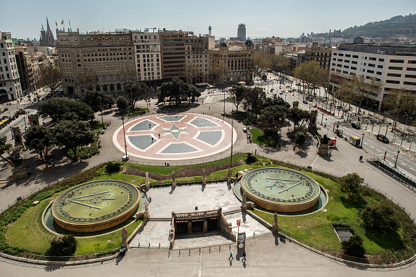 Barcelona - Spain「Spain To Impose Nationwide Lockdown To Combat The Coronavirus」:写真・画像(17)[壁紙.com]