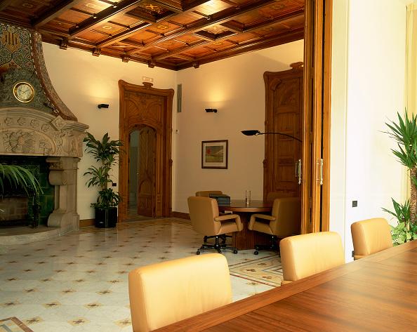 Home Decor「View of an elegant dining room」:写真・画像(13)[壁紙.com]