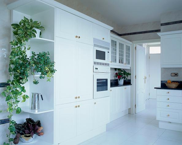 新しい「View of an elegant kitchen」:写真・画像(11)[壁紙.com]