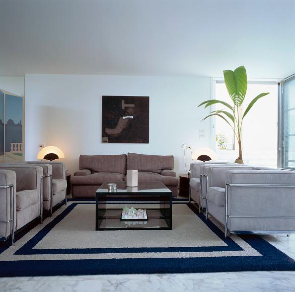 Modern「View of an organized living room」:写真・画像(4)[壁紙.com]